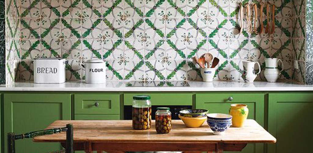 Cinco colores mediterráneos en decoración
