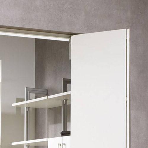 Puerta plegable para armario
