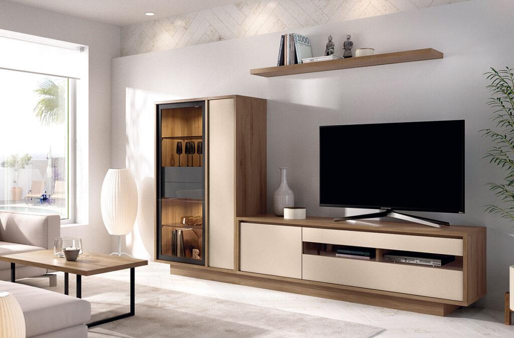 Modular TV en chapa sintética de 270 de largo, colores combinados.
